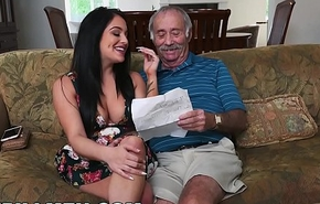 BLUEPILLMEN - Grand-dad Frankie Is A Fast Learner! (bpm14828)