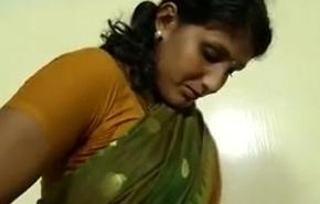 An indian mallu hot neighbour bhabhi teaching how to upset saree