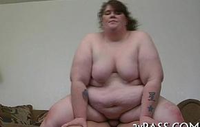 Unconforming fat beautiful unsubtle vids